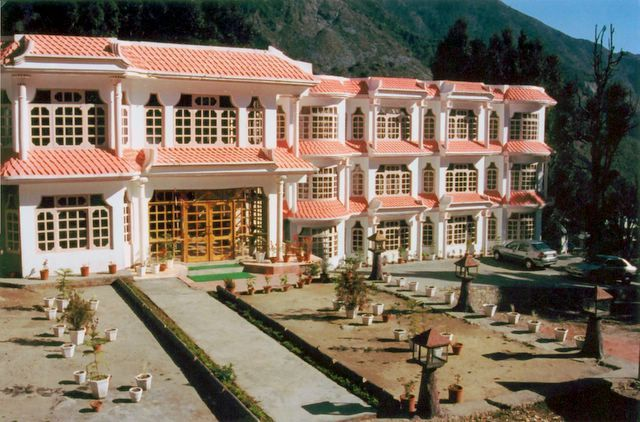 Royal Palace Resort Dharamshala